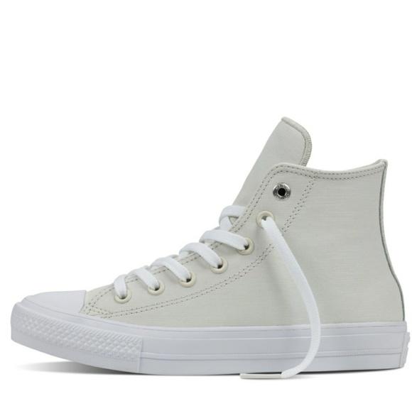 246c2e2054f288 NWT Converse Chuck II 2 Two-Tone Leather Buff Shoe